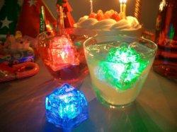 画像1: LED 光る氷 ライトキューブ LITECUBES オリジナルタイプ・レッド・オレンジ・イエロー 1個売り