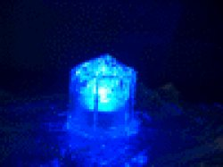 画像1: LED 光る氷 ライトキューブ LITECUBES クリスタルタイプ・ブルー・グリーン・ホワイト・パープル・マルチ 1個売り